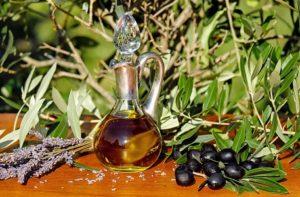Speiseöl und Öl zum Braten