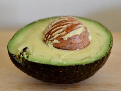 eine tolle frucht die avocado - Avocadoöl